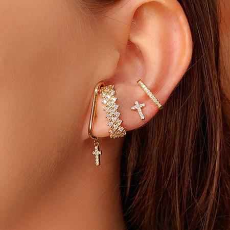 BRINCO EAR HOOK COM CRUZ ARTICULADA CRAVEJADA NO OURO BM513-O